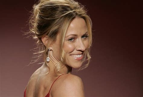 Sheryl Crow is Disappointed More Country Stars Aren't for