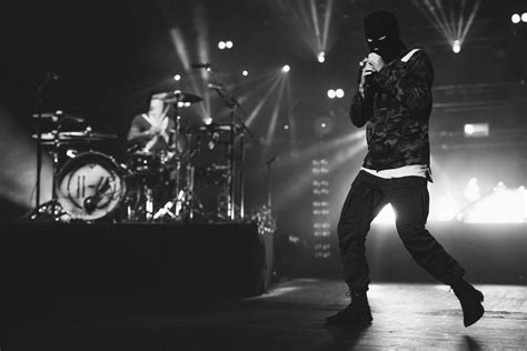 Twenty One Pilots have shared a new video for 'The Hype