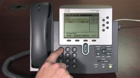 Cisco 7900 series Phone Tutorial, Chapter 3A: Voicemail