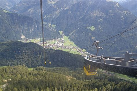 bonnipics: A Journey in the Penkenbahn Cable Car