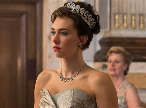 A Marriage Crumbles from The Crown Season 3: Everything We