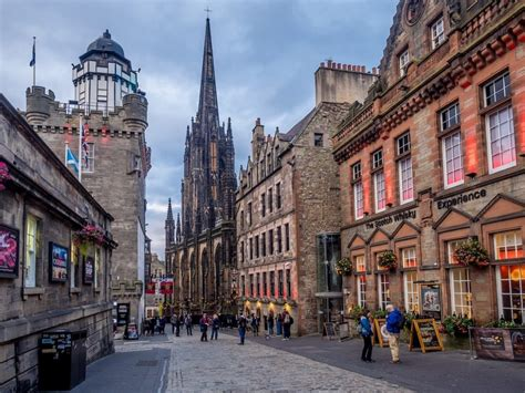 Frequently Asked Questions About Edinburgh | Inspiring