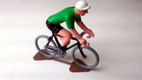 Miniature Cyclists – Painted   Velotastic